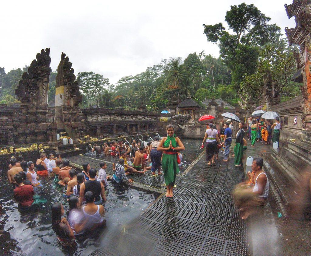 Ubud: Pura Tirta Empul & Tegenungan Waterfall