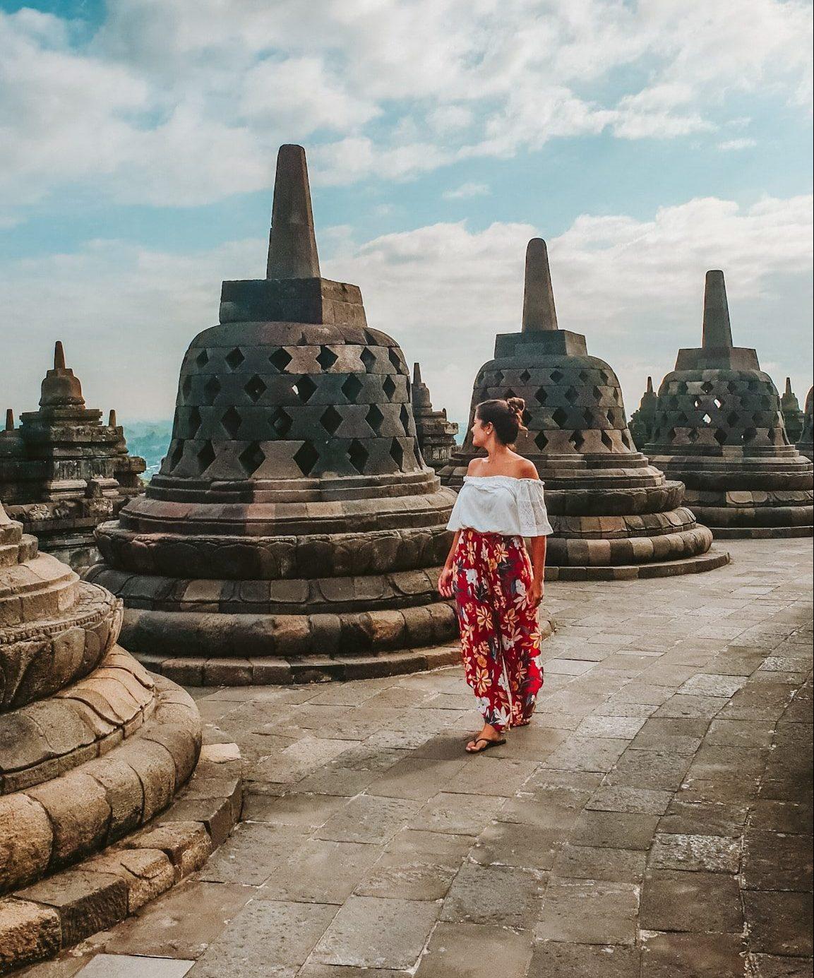 Guia para os Templos de Borobudur e Prambanan