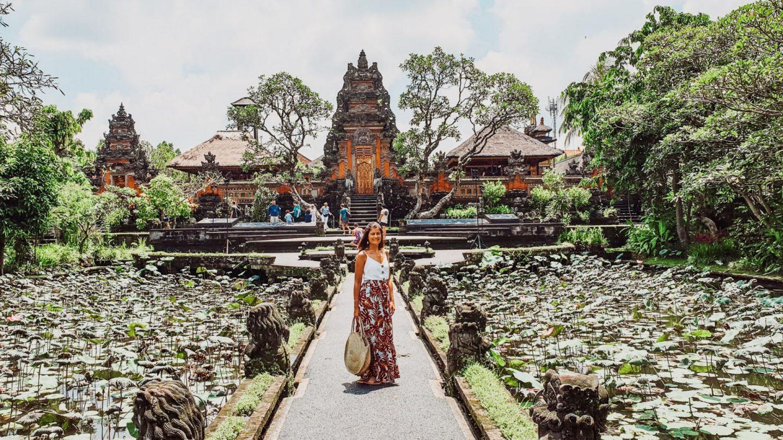 Ubud: o Templo Saraswati & Aniversário
